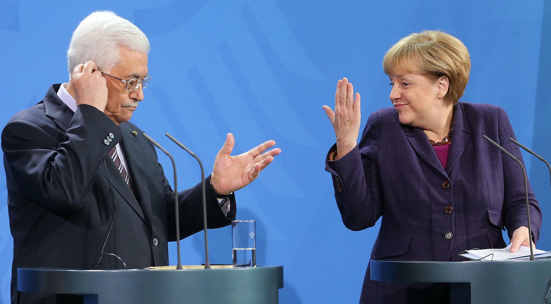 Nahost Friedensprozess Abbas Sucht Hilfe Bei Merkel
