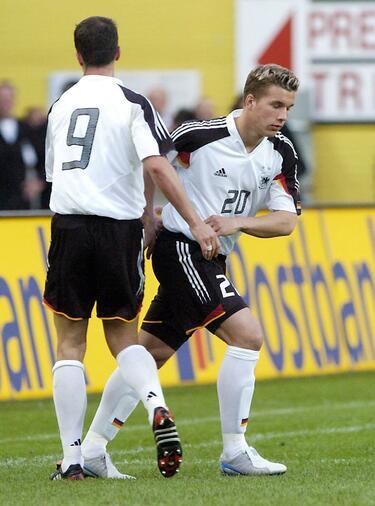 Lukas Podolski Schlaglichter Einer Grossen Landerspiel Karriere