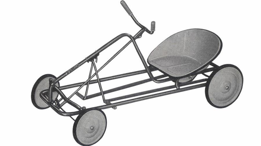 50 jahre kettcar der rennwagen zum treten. Black Bedroom Furniture Sets. Home Design Ideas