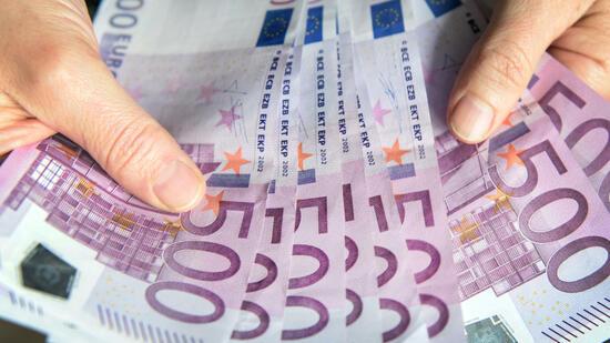 Toiletten mit Schnipseln von 500-Euro-Scheinen verstopft