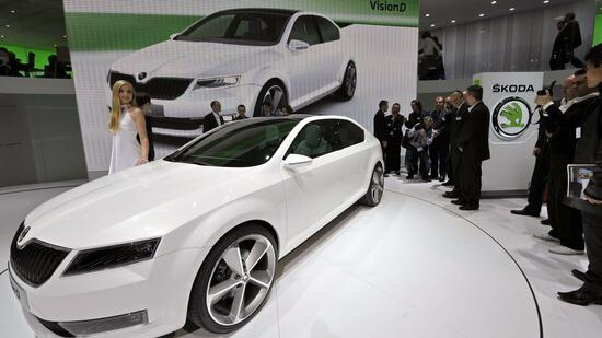 huGO-BildID: 21104344 epa02609040 The new Skoda Vision D concept car is shown during the press day at the 81st Geneva International Motor Show in Geneva, Switzerland, on 01 March 2011. The Motor Show will open its gates to the public from 03 to 13 March presenting novelties of more than 260 exhibitors and more than 175 World and European car premiers. EPA/MARTIAL TREZZINI +++(c) dpa - Bildfunk+++ Quelle: dpa