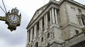 Eine Uhr vor der Bank of England in London. Quelle: Reuters