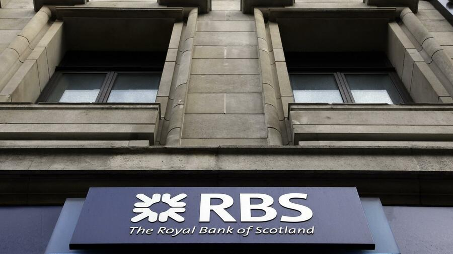 Filiale der Royal Bank of Scotland (RBS) in London. Die RBS-Tochter Direct Line soll an die Börse. Quelle: Reuters