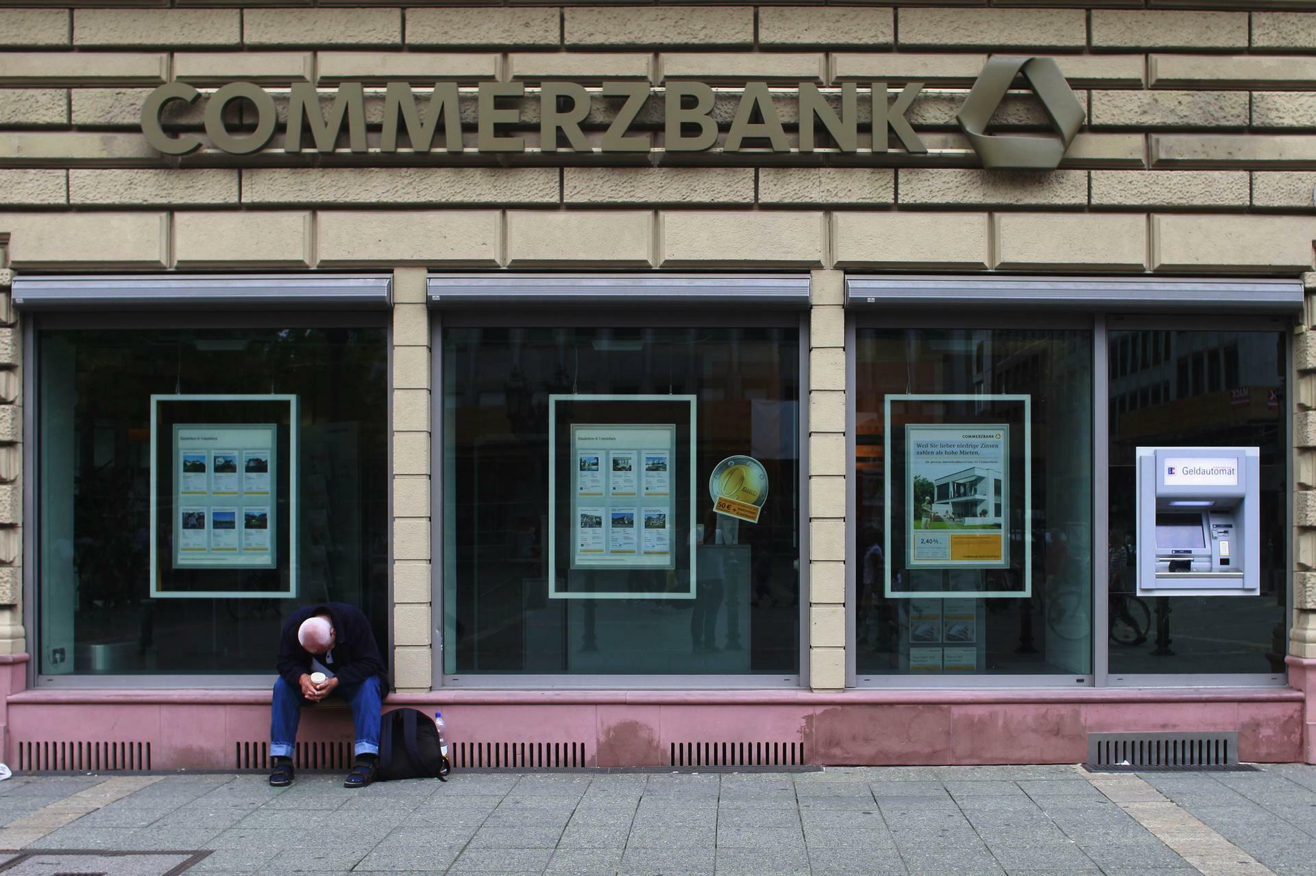 Ec Karte Sperren Commerzbank.Commerzbank Ausstieg Aus Anlagen In Grundnahrungsmitteln