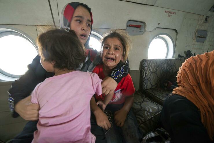 Kurdische und irakische Truppen befreiten am Sonntag die nahe Sulaiman Bek gelegene Stadt Amerli. Die Menschen wurden mit Helikoptern evakuiert. Quelle: Reuters