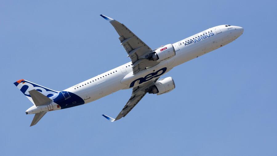 Probleme bei Steuerung möglich: EU-Luftfahrtbehörde warnt Piloten des Airbus A321neo