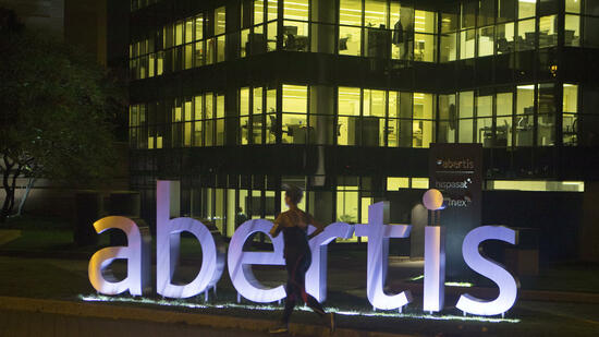 Hochtief bietet für Abertis - Aktie fährt Achterbahn