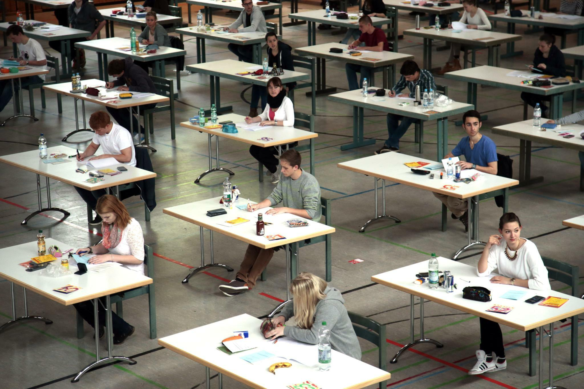 Schule: Abiturienten erzielen immer bessere Noten