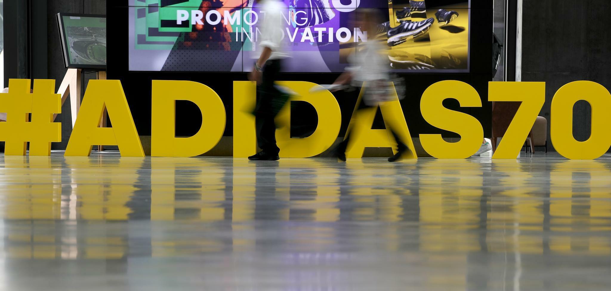 Adidas feiert 70. Geburtstag mit Philipp Lahm und Laura Dahlmeier