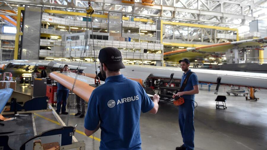Bei Airbus sind bis zu 3700 Stellen in Gefahr
