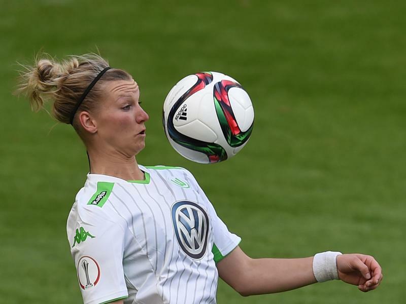 Kantersieg für Wolfsburg - FC Bayern hält Schritt
