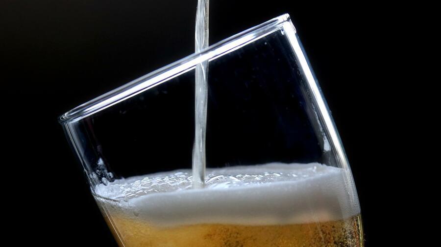 bier welche alkoholfreien biere zu empfehlen sind. Black Bedroom Furniture Sets. Home Design Ideas