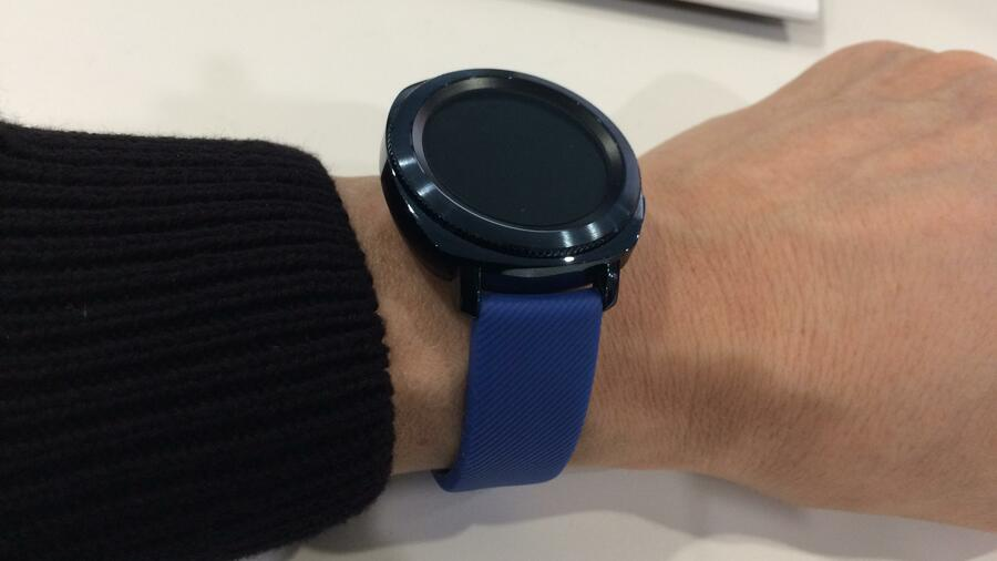 Samsung Gear Sport So Funktioniert Die Uhr Die Sogar Hecke