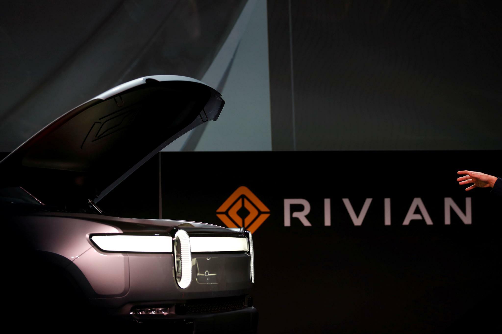 Amazon bestellt 100.000 Elektro-Vans bei Rivian