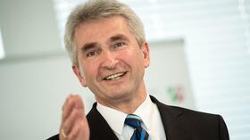 """NRW-Wirtschaftsminister Andreas Pinkwart: """"Deutsche Business Schools haben noch viel Potenzial"""""""