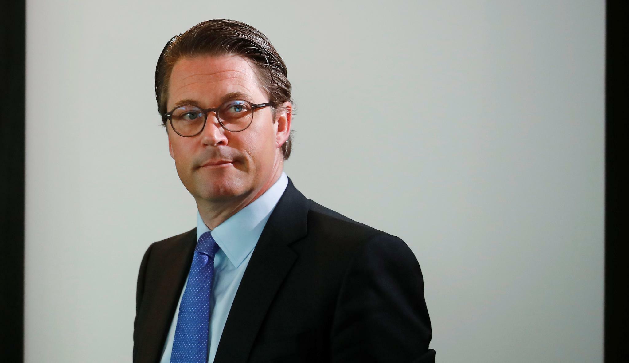 """Scheuer will Mobilfunkausbau mit neuer """"Gesamtstrategie"""" voranbringen"""