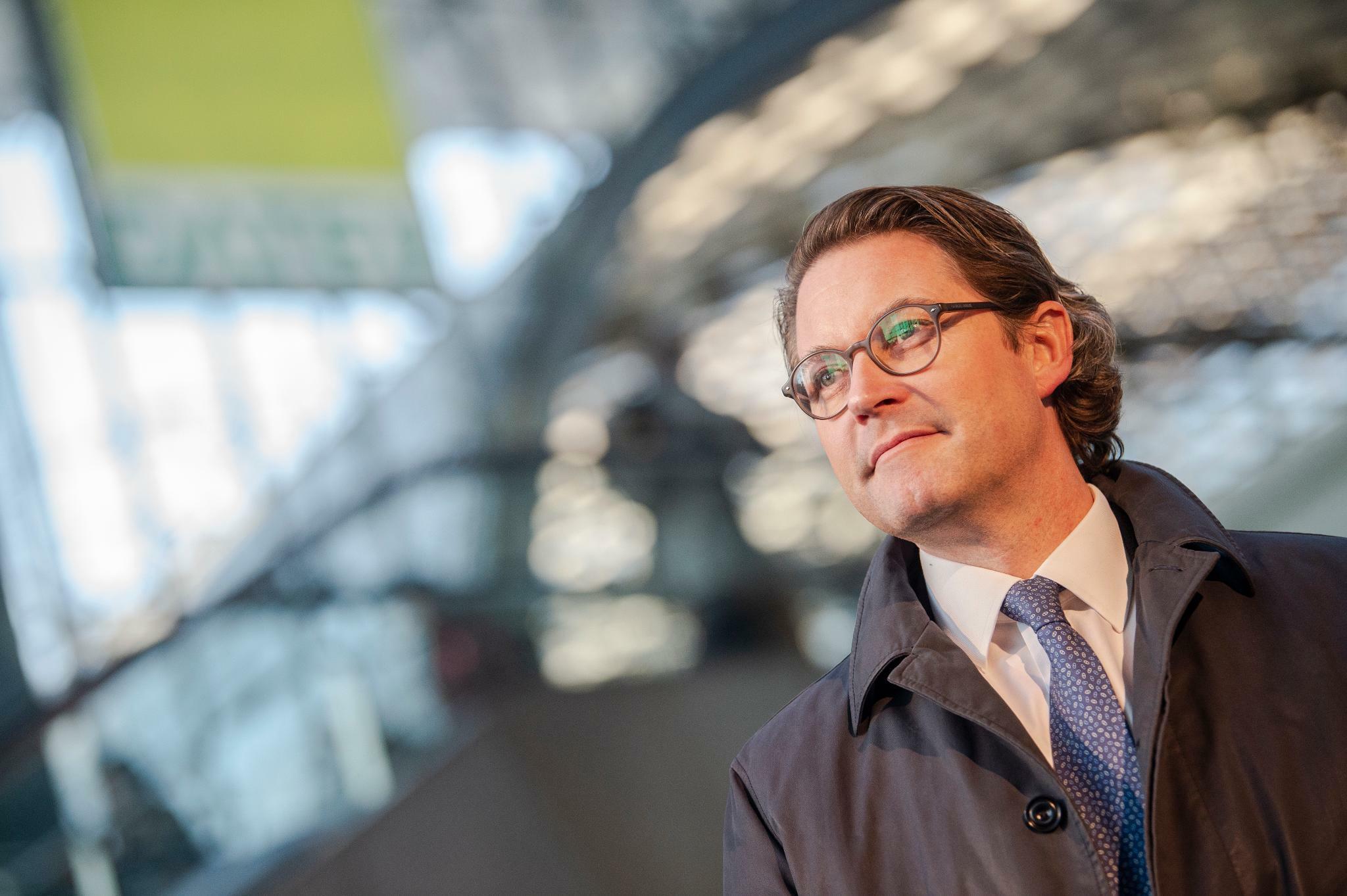 Andreas Scheuer hortet Ausgabenüberschüsse