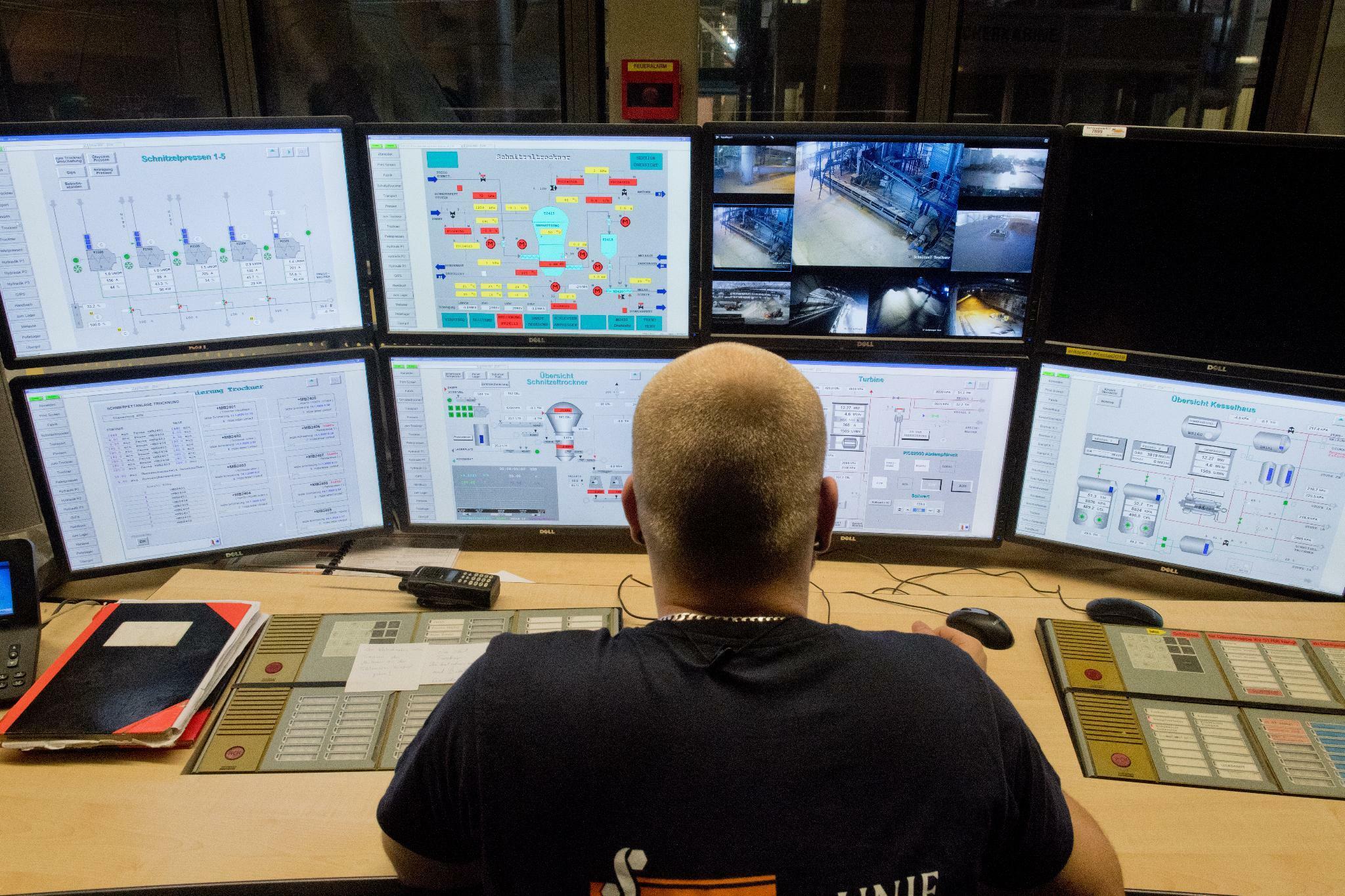 Hacker erpressen wichtigen Zulieferer – Autokonzerne könnten auch betroffen sein