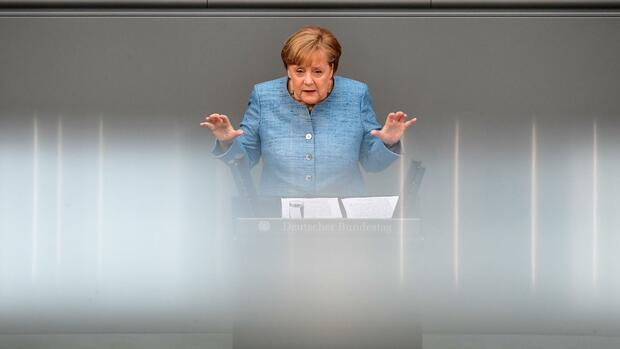 Angela Merkel diskutiert in China über Atomabkommen mit Iran
