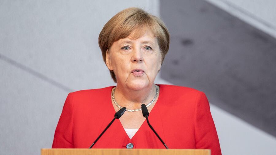 Merkel räumt zu geringen Etat für die Bundeswehr ein
