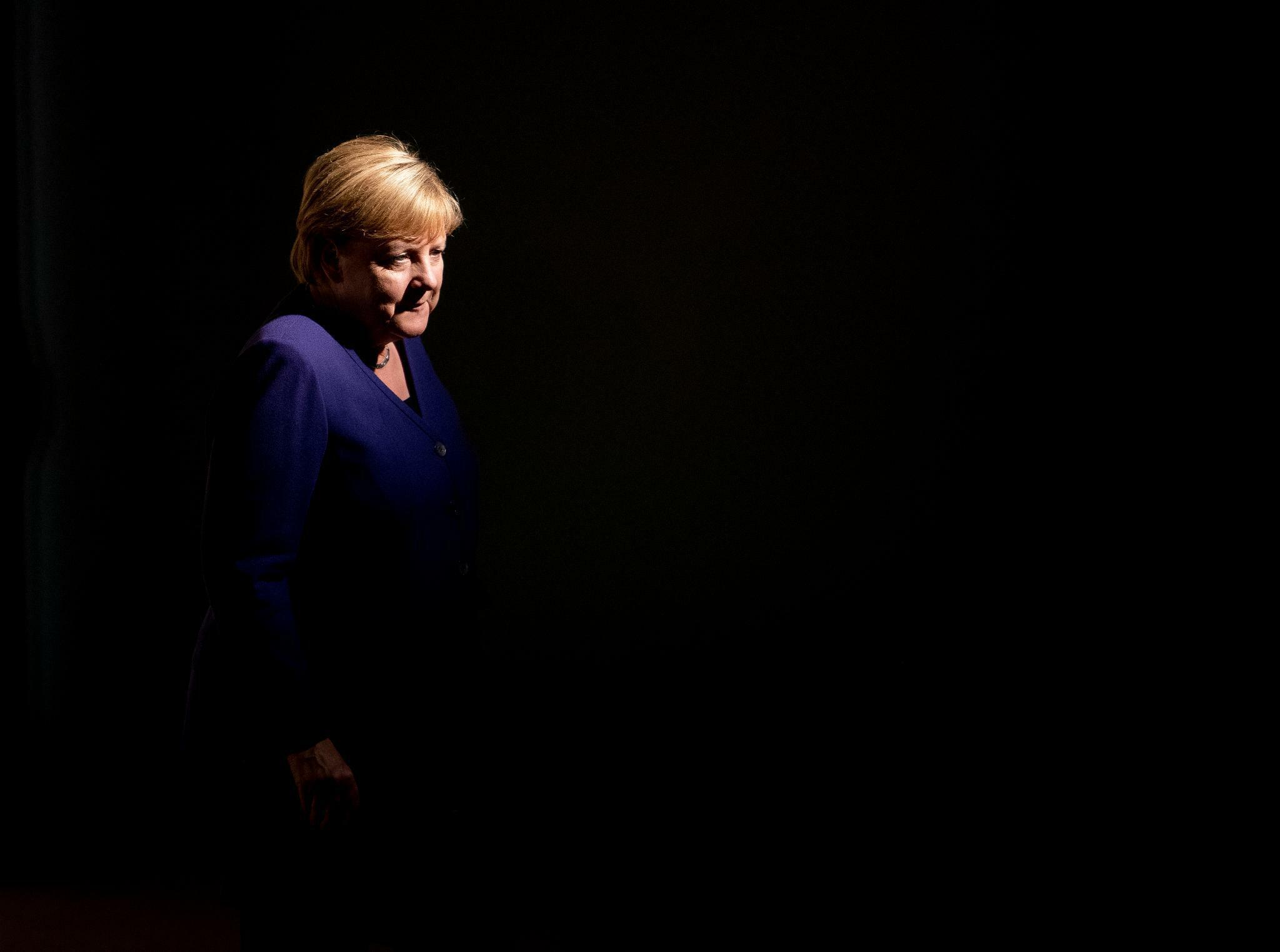 Angela Merkel fliegt für eine Essen mit Conte nach Italien