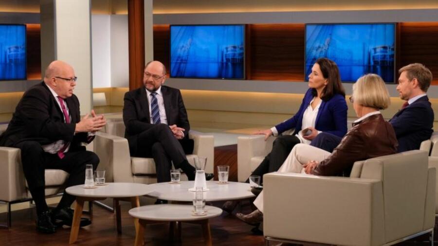Martin Schulz kämpft - lässt aber die entscheidenden Fragen offen
