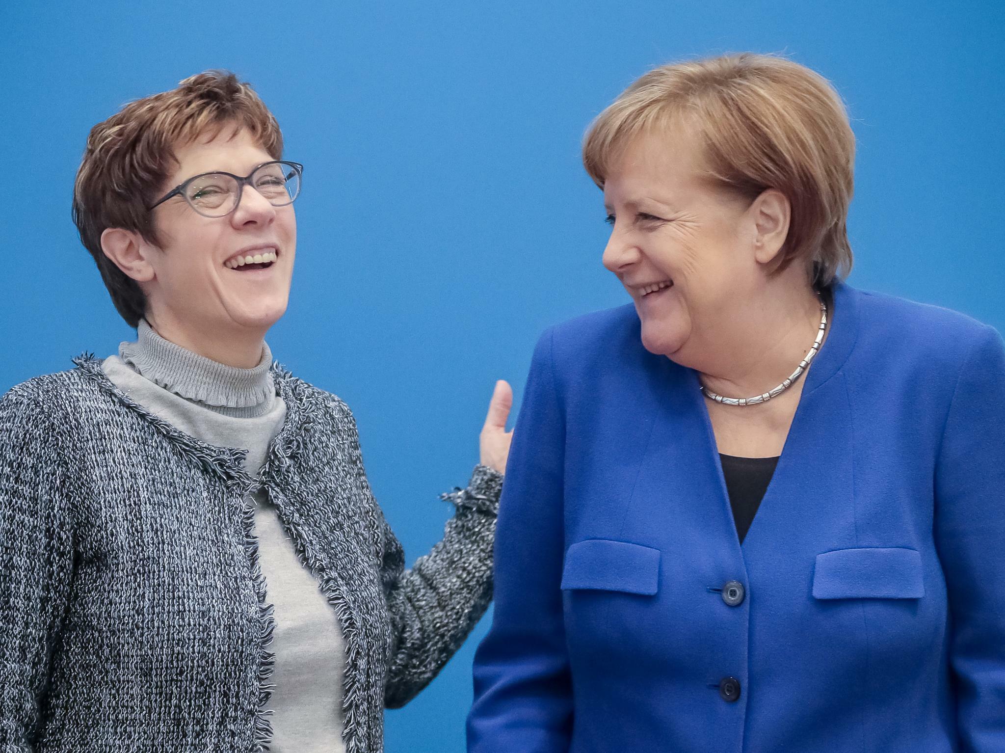 Union legt in der Wählergunst zu und baut Vorsprung zu den Grünen aus