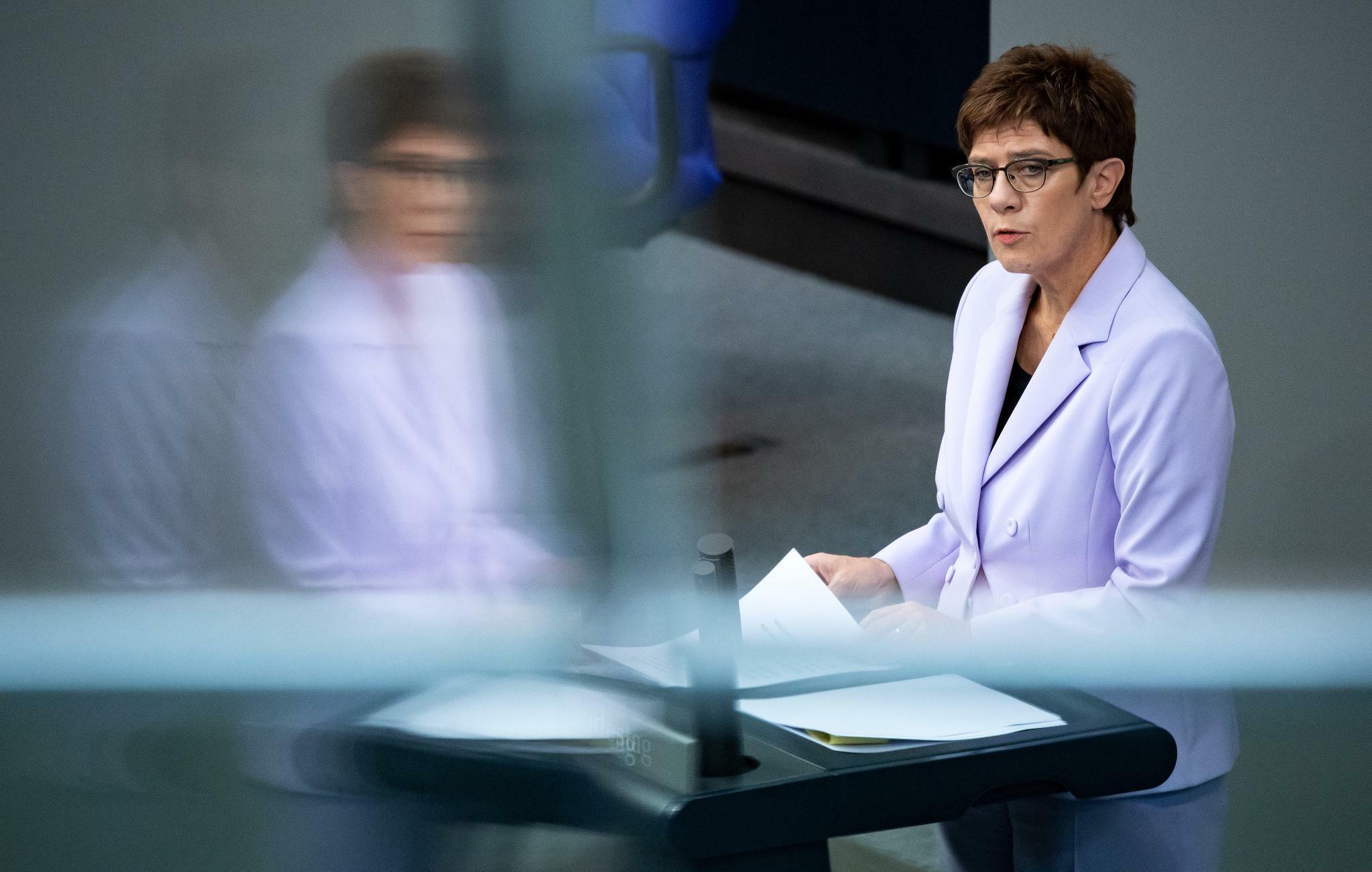 CDU-Chefin fordert einen höheren Frauenanteil in Ämtern