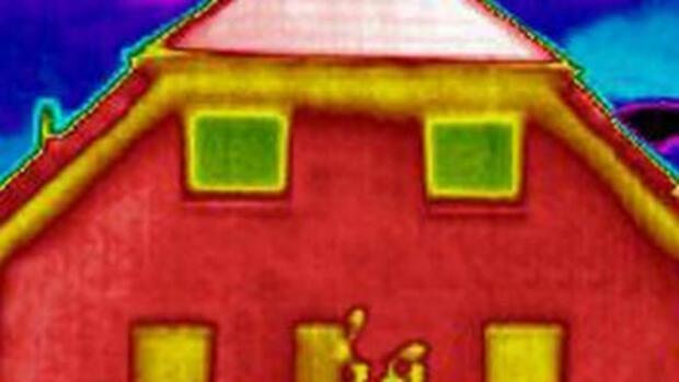 haussanierung der traum vom emissionsfreien leben kostet viel geld. Black Bedroom Furniture Sets. Home Design Ideas