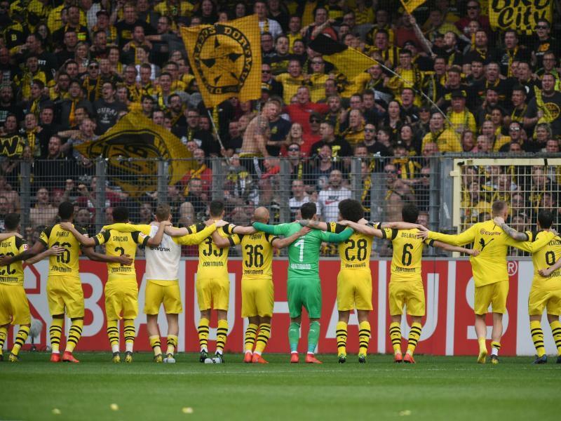 """Schalke weghauen"": BVB vor Revierderby gestärkt"