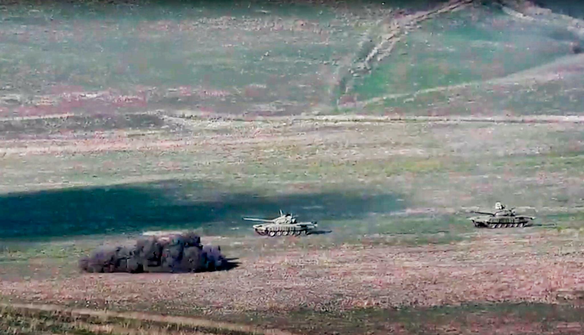 Armenien Verhangt Kriegsrecht Nach Gefechten In Berg Karabach