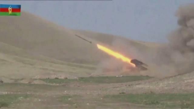 Armenien Verhangt Kriegsrecht Im Konflikt Um Bergkarabach