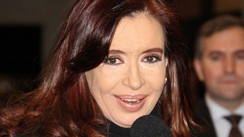 Neues Angebot für Gläubiger: Argentiniens Staatschefin Cristina Fernández de Kirchner hat eine Umschuldung der seit 2001 fälligen Auslandsschulden angekündigt. Quelle: dpa