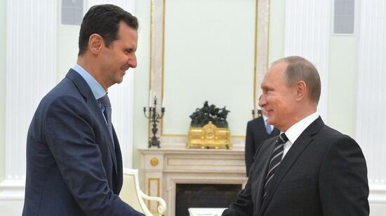 USA greifen Basis der syrischen Armee mit Tomahawk-Raketen an
