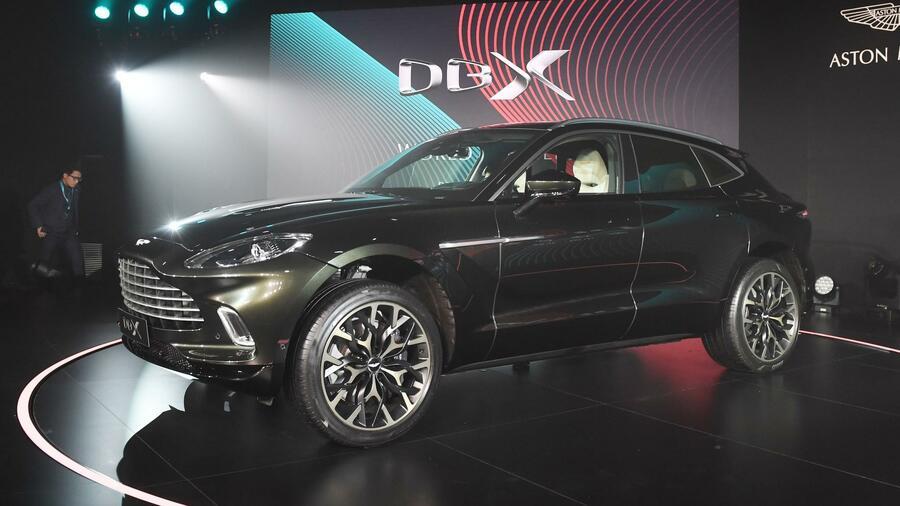 Mode Milliardär Will Offenbar Aston Martin übernehmen