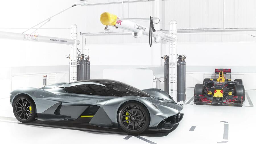 Aston Martin Valkyrie 1000 Ps Bei 1000 Kilo Gewicht