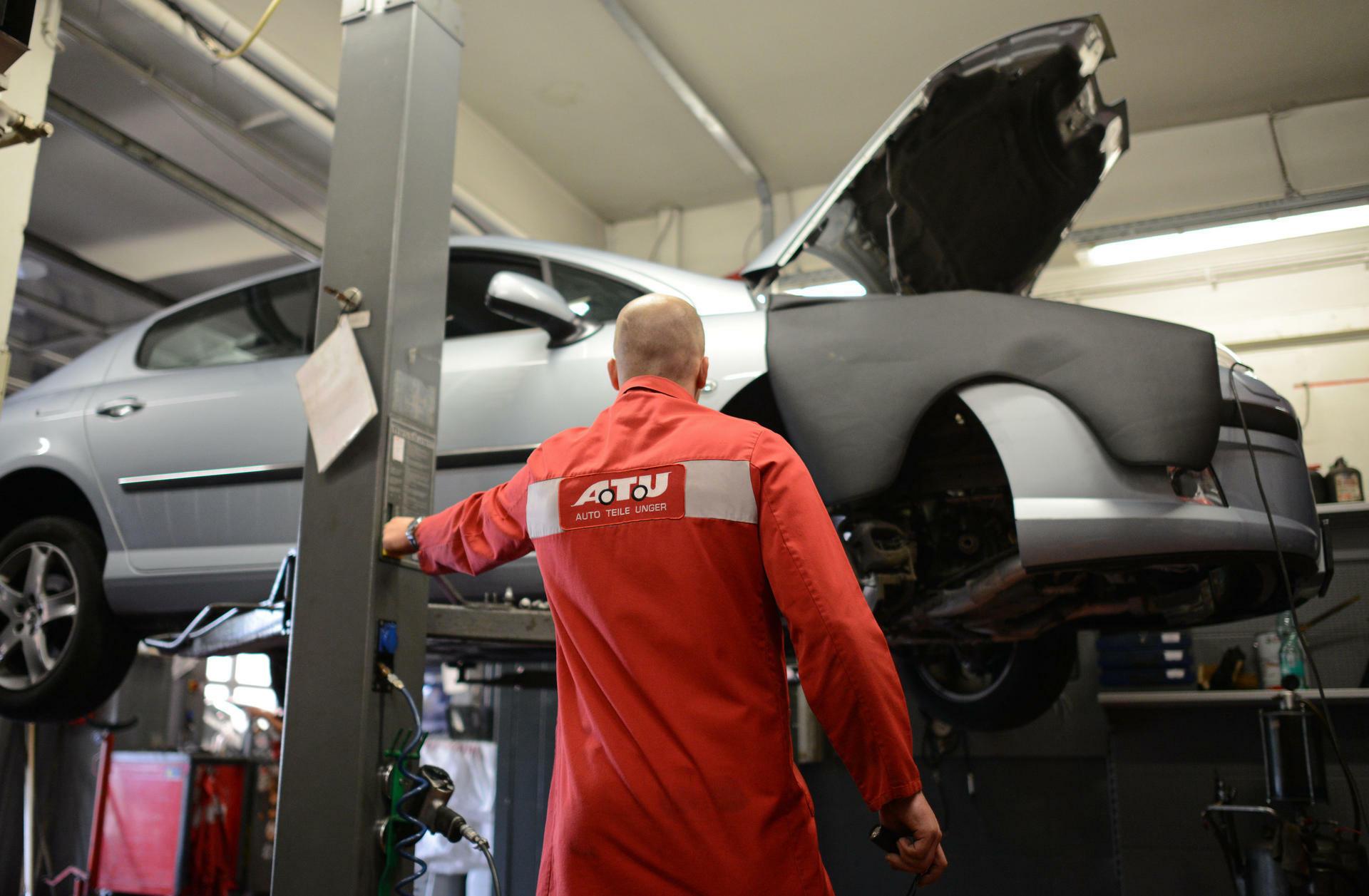 ATU-Verkauf: Komplizierte Reparatur bei der Werkstattkette