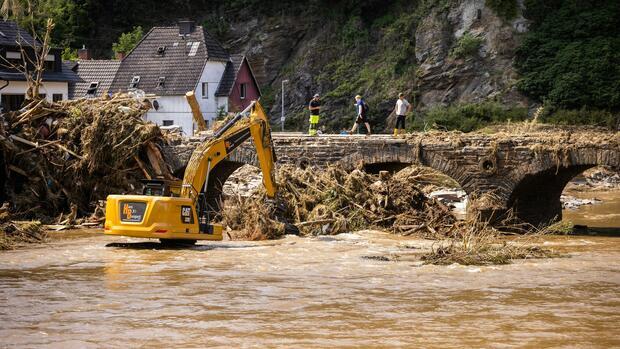 RT @handelsblatt: Die Fluten im Westen Deutschlands überraschten viele Einsatzkräfte – obwohl das europäische Hochwasserwarnsystem EFAS die…