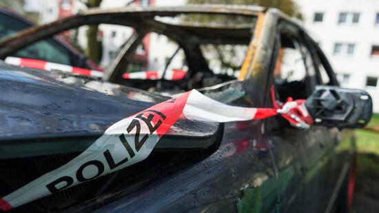 Fünf Autos auf der Uhlenhorst ausgebrannt