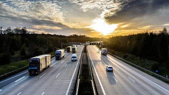 """Streit um Bundesautobahngesellschaft: """"Wir wollen keine zweite Bahn AG"""""""