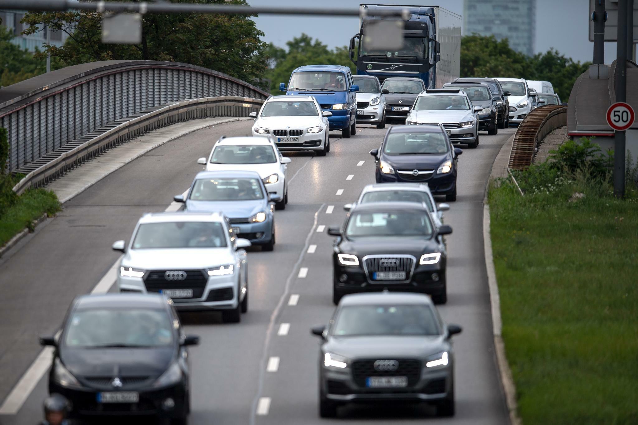 Deutsche kaufen immer mehr Autos mit Automatik-Getriebe