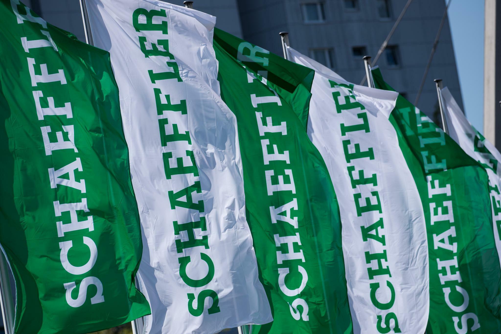 Agentur S&P senkt Bonitätsausblick für Autozulieferer Schaeffler