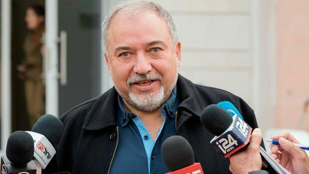 Israels Verteidigungsminister Lieberman: Militante Palästinenser verwenden wohl iranische Raketen