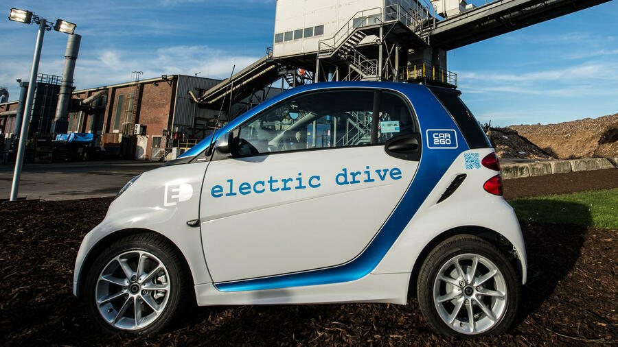 Daimler stellt Langstrecken-E-Auto im Herbst vor