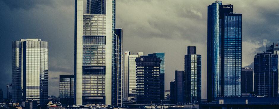 Dgb Warnt Vor Lockerem Kündigungsschutz Für Top Banker