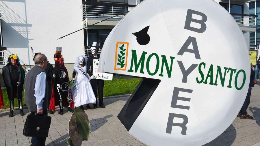 Der Leverkusener Chemiekonzern hat mit Monsanto ein profitables aber auch umstrittenes Unternehmen übernommen. Quelle AFP