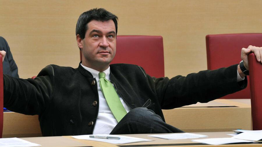 die nachfolge von bayerns finanzminister fahrenschon ist entschieden umweltminister markus sder wechselt das ressort - Markus Soder Lebenslauf