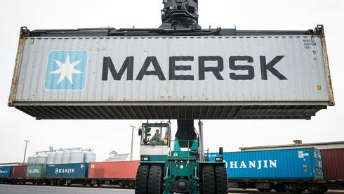 Das Containergeschäft erholt sich zwar, aber ein Steuerstreit in Algerien zieht das Ergebnis runter. Quelle: dpa