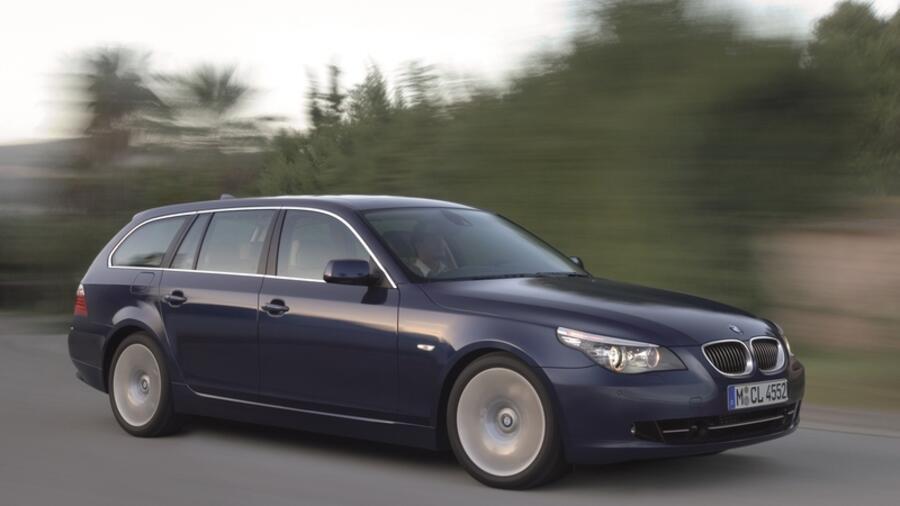 Beim Kombi Gehort Die Luftfederung Auf Der Hinterachse Zum Serienumfang Quelle BMW