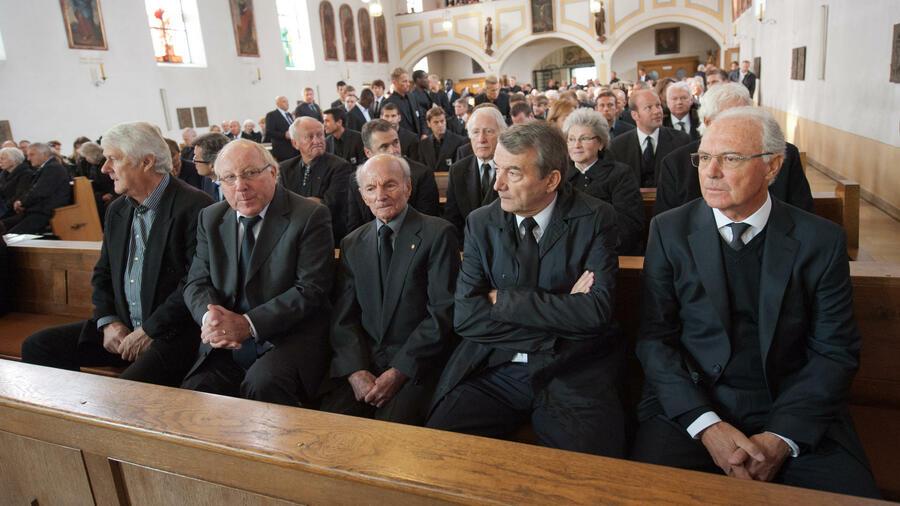 Beerdigung anzug